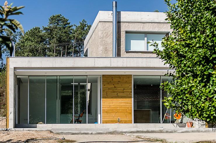 Reforma y ampliación de vivienda unifamiliar en Covelo. Atios
